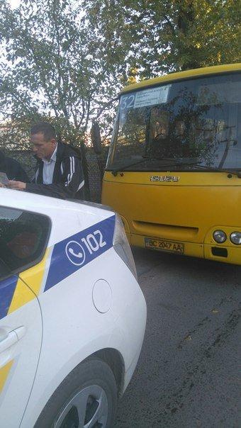 У Львові водій маршрутки вдарив неповнолітнього пасажира (ФОТО) (фото) - фото 2