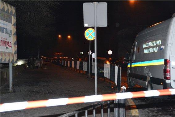 Стали відомі подробиці нічного вибуху на території консульства Польщі (ФОТО) (фото) - фото 2