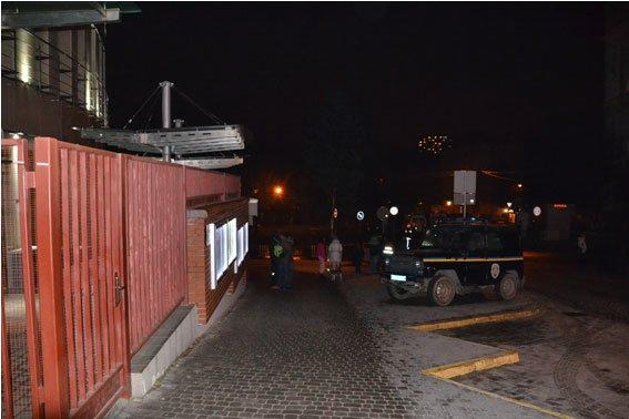 Стали відомі подробиці нічного вибуху на території консульства Польщі (ФОТО) (фото) - фото 1