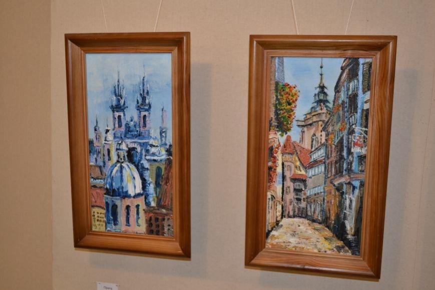 В Днепродзержинске открылась выставка художницы Аллы Михальчук, фото-3