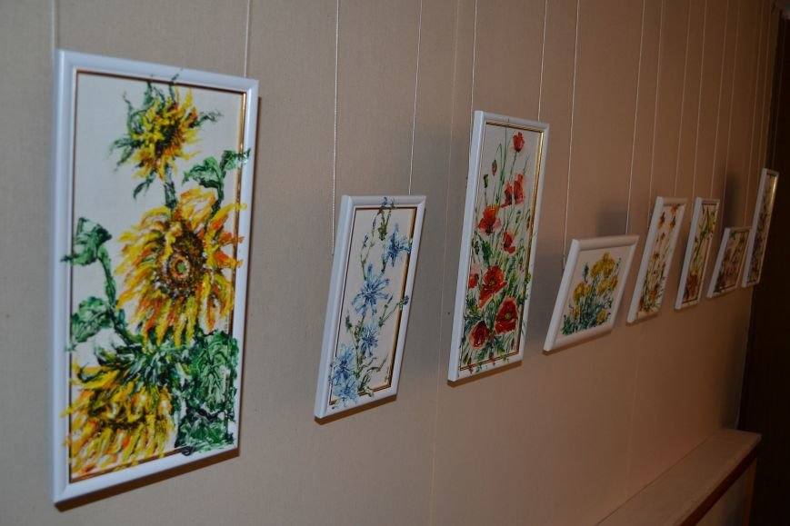 В Днепродзержинске открылась выставка художницы Аллы Михальчук, фото-4