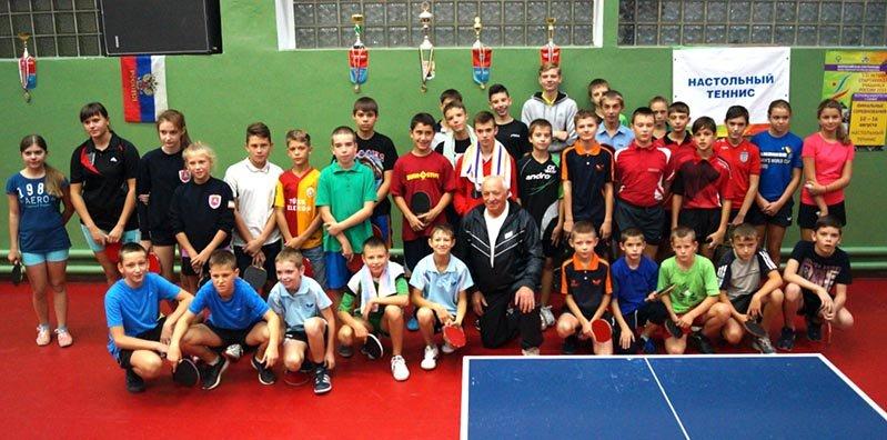 Первый тур в Детской лиге Крыма по настольному теннису получился «ялтинским» (фото) - фото 1