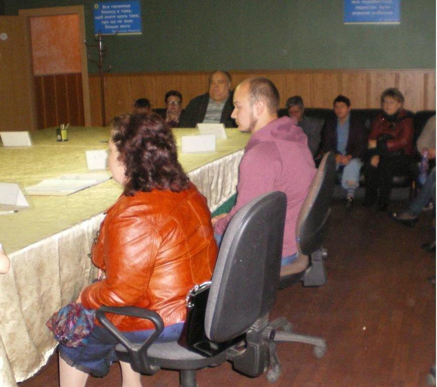 Традиционно «Під одним дахом»: в Димитрове получили исчерпывающие информационные консультации 26 человек (фото) - фото 2