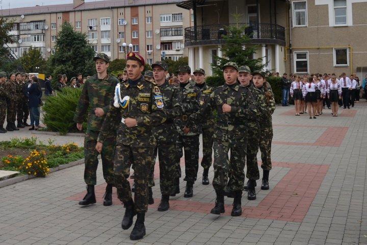 До Дня захисника України проведено вишкіл юних патріотів Тисмениччини, фото-3