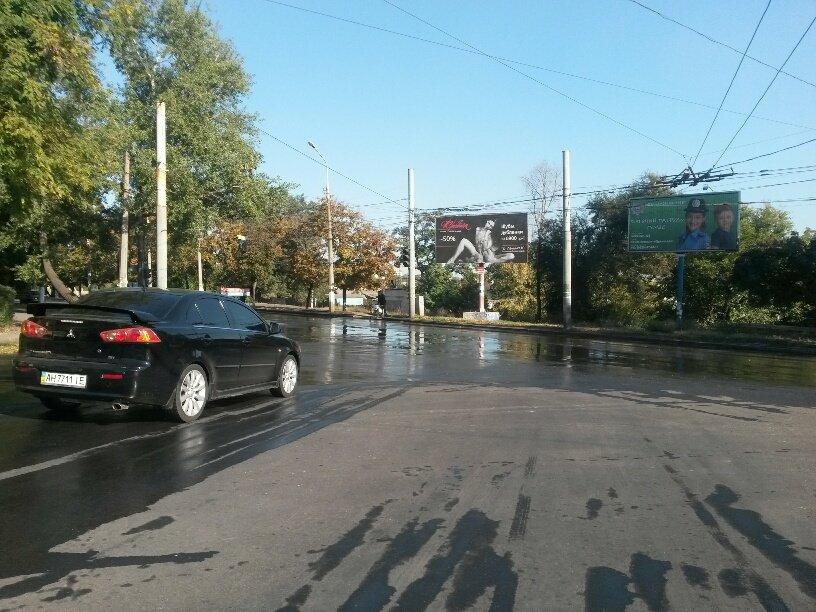В Мариуполе питьевая вода затопила ул. Бахчиванджи (ФОТО), фото-2