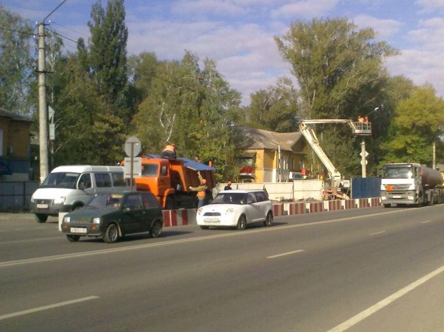 В Новошахтинске начались подготовительные работы для возведения мостового перехода на Городской (фото) - фото 1