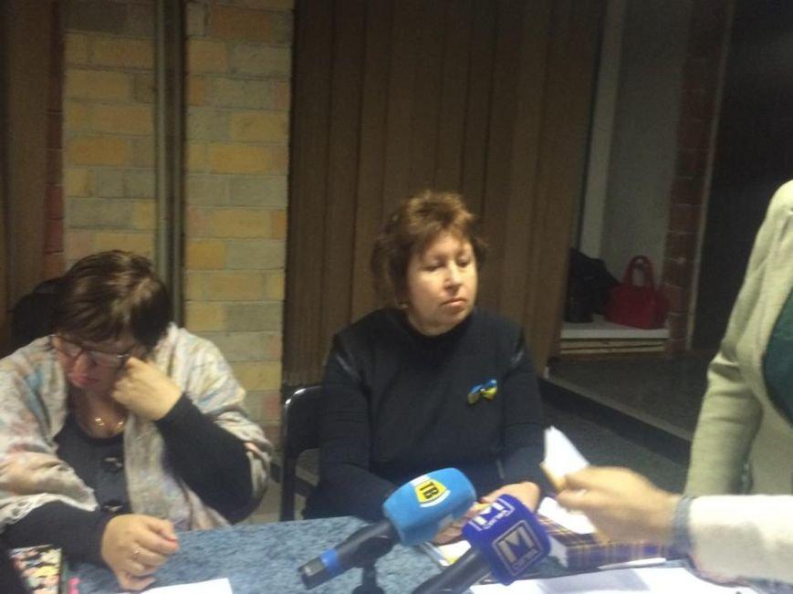 В Мариуполе теризбирком отошел от скандалов и заработал в нормальном режиме (ФОТО), фото-1