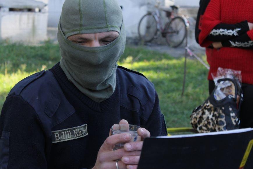 Piano Extremist играл на улице для жителей Доброполья (ФОТО, ВИДЕО), фото-7