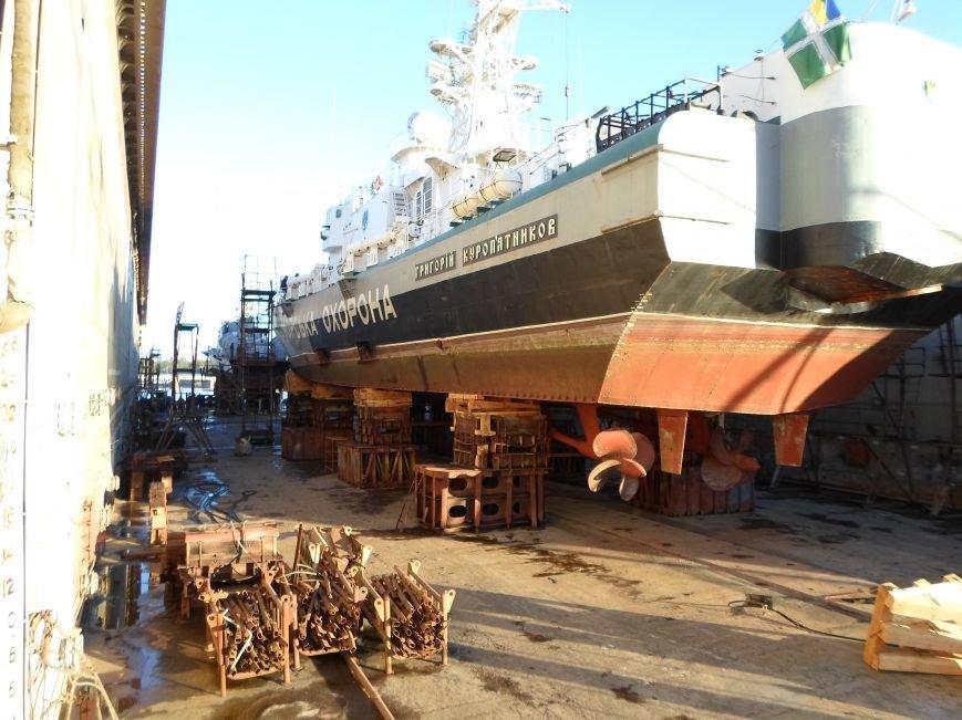 В Николаеве полным ходом идет ремонт ракетного катера и корабля морской охраны (ФОТО), фото-3