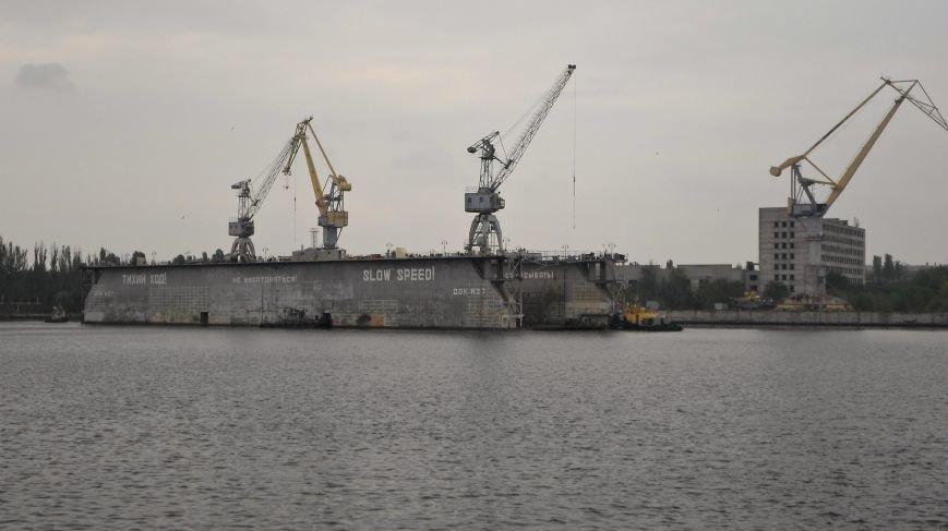 В Николаеве полным ходом идет ремонт ракетного катера и корабля морской охраны (ФОТО), фото-2