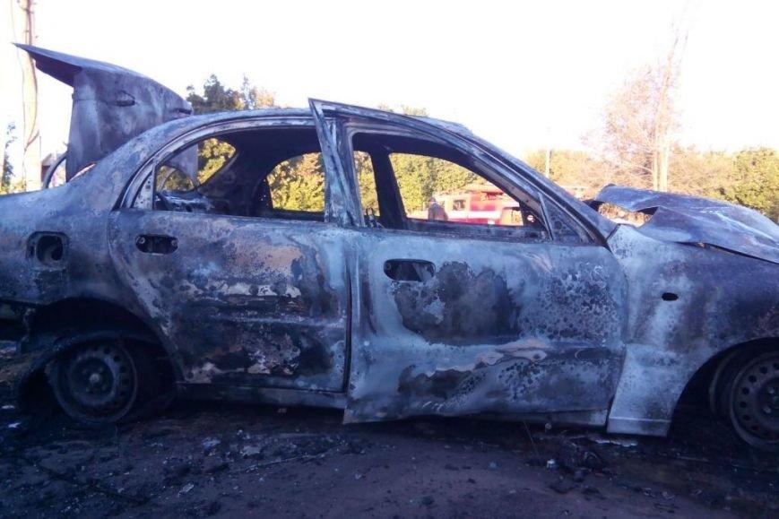 Водитель «Ланоса» в Чернигове после ДТП спасся, а его автомобиль - нет, фото-4