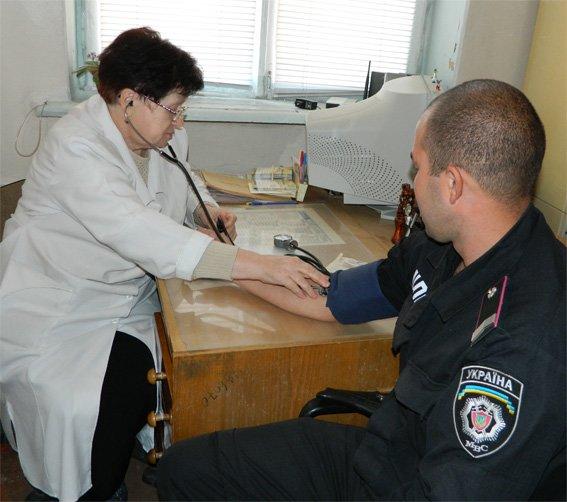 Кіровоградські міліціонери здали кров для потреб хворих (ФОТО) (фото) - фото 1