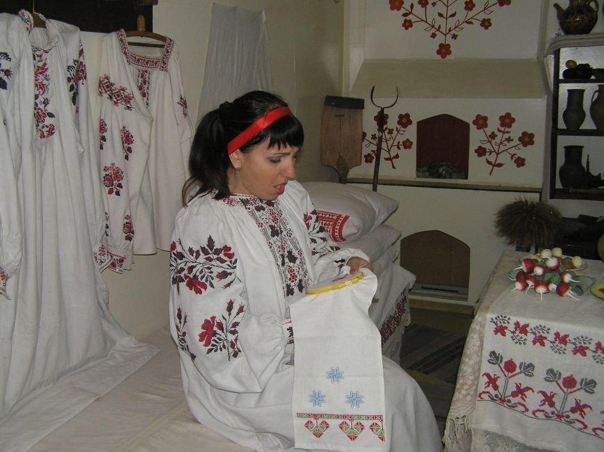 Для защитников Украины прошла экскурсия в краеведческом музее Артемовска-Бахмута (фото) - фото 1