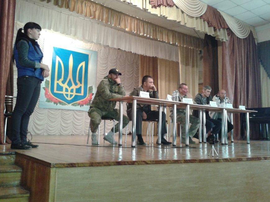 Патриотические силы Павлограда заявляют о репрессиях и призывают уволить начальника горотдела милиции, фото-1