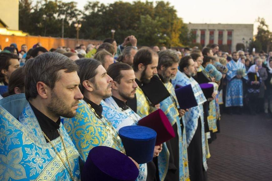 В Днепродзержинске прошел Крестный ход (фото) - фото 4
