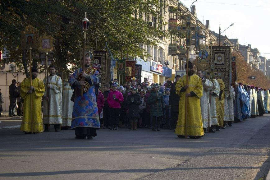 В Днепродзержинске прошел Крестный ход (фото) - фото 2