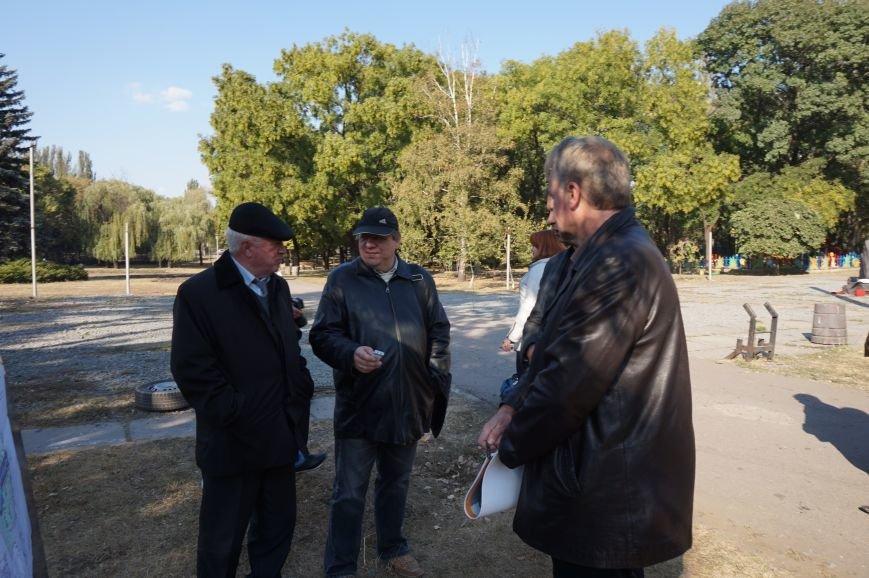 Заместитель мэра пообещал провести реконструкцию парка Героев за минимально возможную сумму (ФОТО) (фото) - фото 2