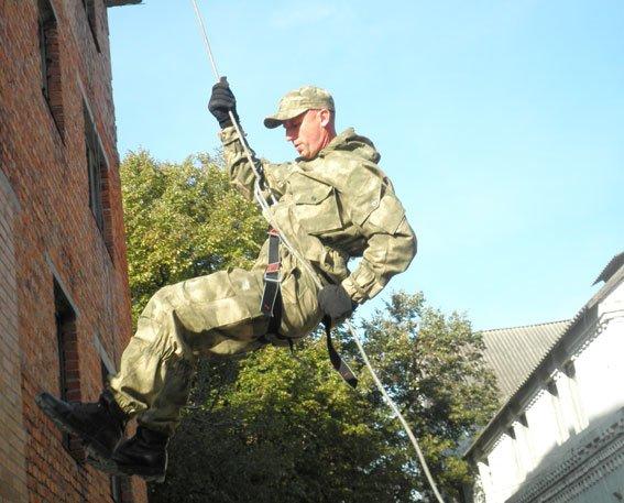 Як Полтавські правоохоронці відпрацьовували тактичні дії (ФОТО) (фото) - фото 1