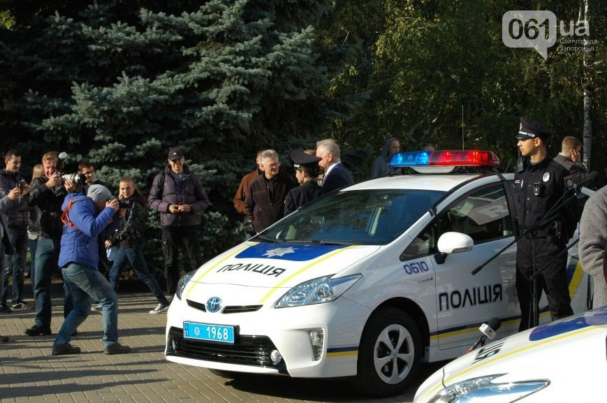 Набор в новую полицию  стартовал в Запорожье 10 октября (фото) - фото 2