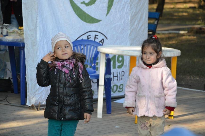 В Мариуполе Всемирный день психического здоровья провели с играми и собаками (ФОТО+ВИДЕО), фото-9