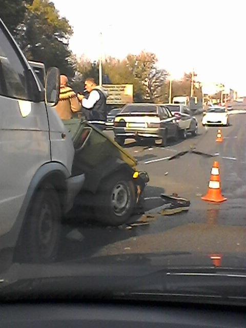 В Кировограде произошло ДТП с участием трех автомобилей и прицепа (ФОТО) (фото) - фото 1