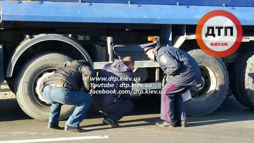 В Бортничах водитель грузовика насмерть сбил женщину (ФОТО), фото-2