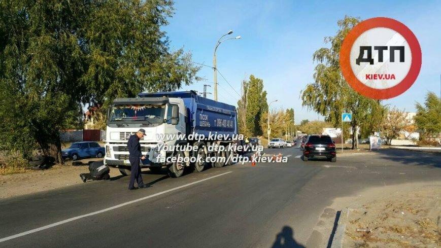 В Бортничах водитель грузовика насмерть сбил женщину (ФОТО), фото-4