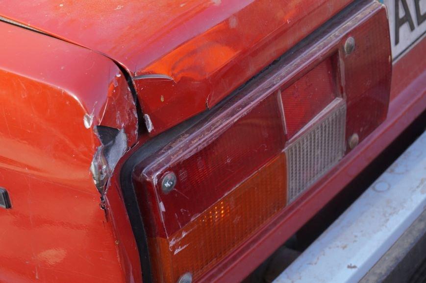 ДТП в Кривом Роге: «Жигули» столкнулись с микроавтобусом на трамвайных путях (ФОТО) (фото) - фото 5