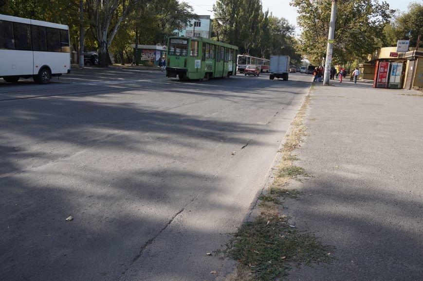 ДТП в Кривом Роге: «Жигули» столкнулись с микроавтобусом на трамвайных путях (ФОТО) (фото) - фото 7