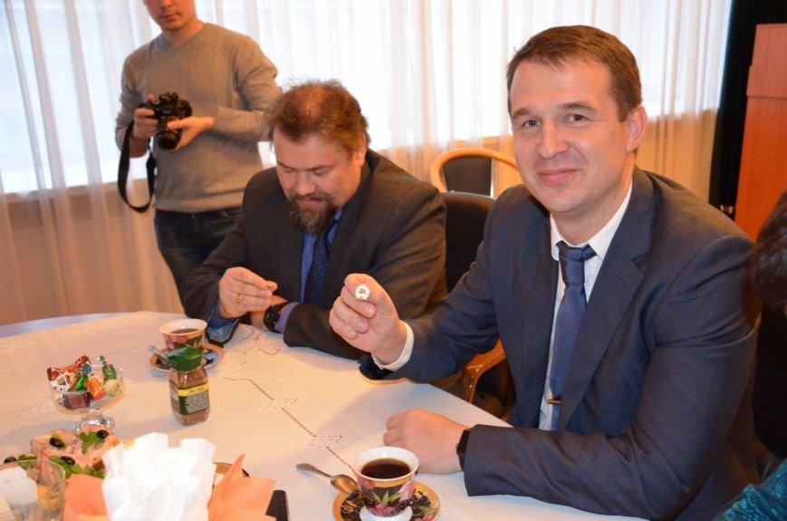 Сыктывкарским школьникам вручили значки ГТО, фото-1
