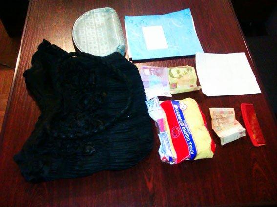 Красноармейские правоохранители в течении нескольких минут задержали грабителя (фото) - фото 1
