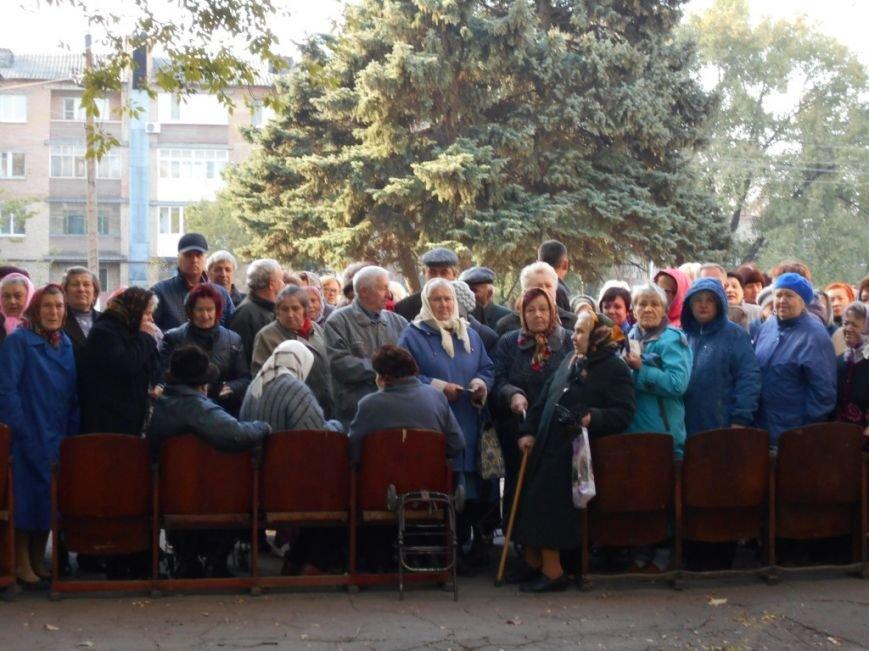 Мобильная доставка продуктов: более 50 тысяч жителей сел и поселков Донбасса получили помощь (фото) - фото 3