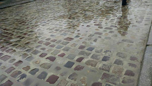 Ремонт просп. Свободи: як виглядає ділянка, яку частково відкрили для проїзду (ФОТО) (фото) - фото 2
