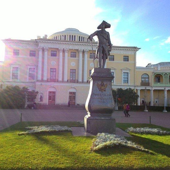 Павловский дворец - внутрь материала
