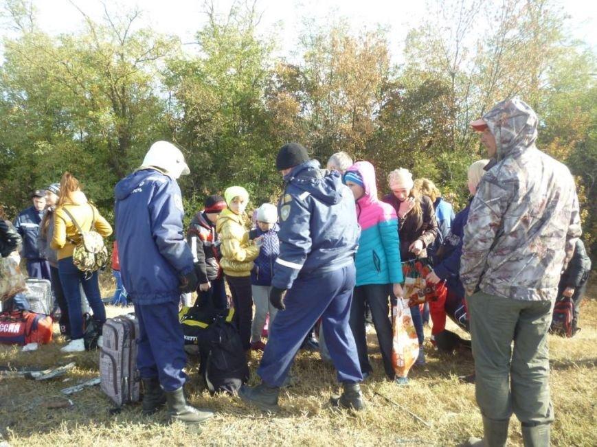 На трассе Ростов–Ставрополь иномарка врезалась в автобус с детьми (фото) - фото 5