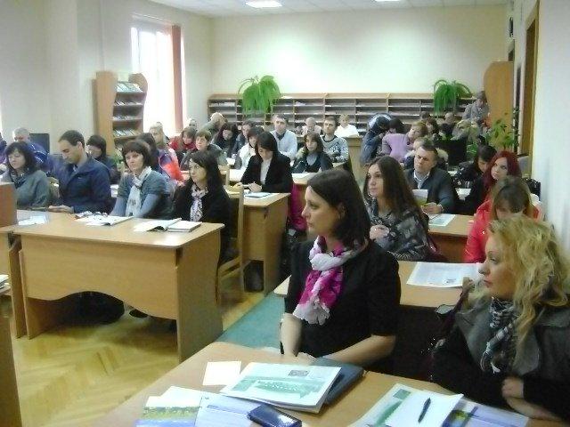 В Івано-Франківську провели черговий семінар з підтримки децентралізації (фото) - фото 1