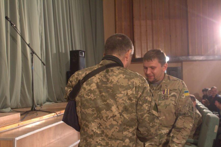 В Днепродзержинске состоялся праздничный концерт «Слався, військо українське!», фото-13