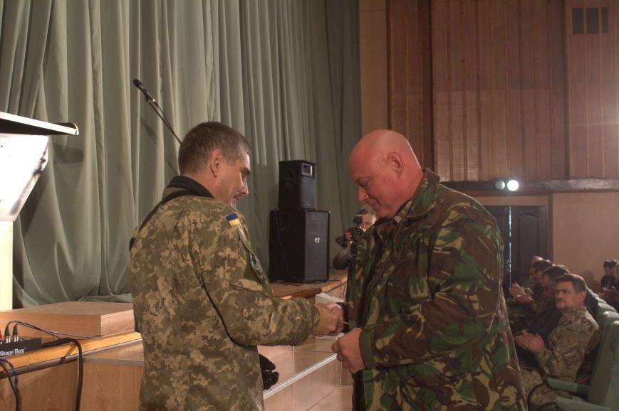 В Днепродзержинске состоялся праздничный концерт «Слався, військо українське!», фото-15