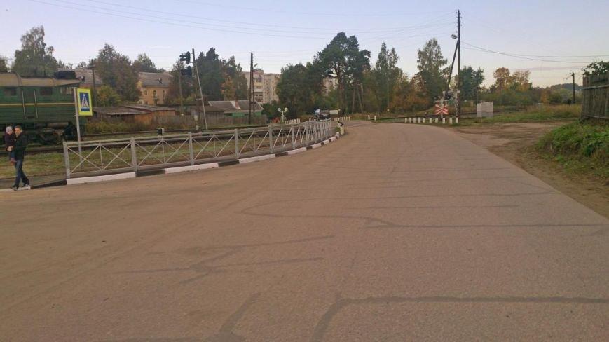 В деревне Череха Псковского района выполнены работы по устройству тротуаров, фото-1