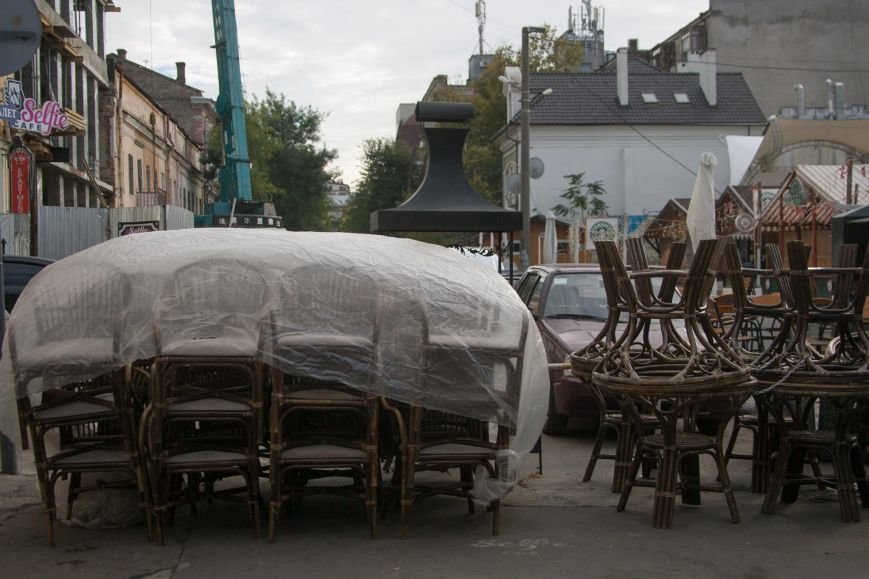 Лето, прощай! Одесские рестораны закрывают уличные площадки (ФОТО) (фото) - фото 1