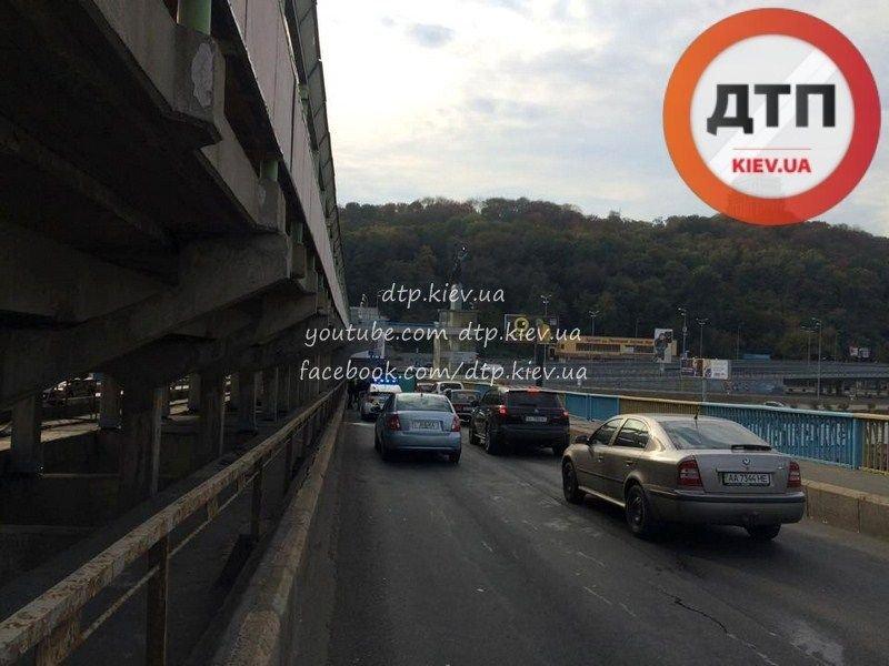 На мосту Метро произошло два ДТП (ФОТО), фото-2