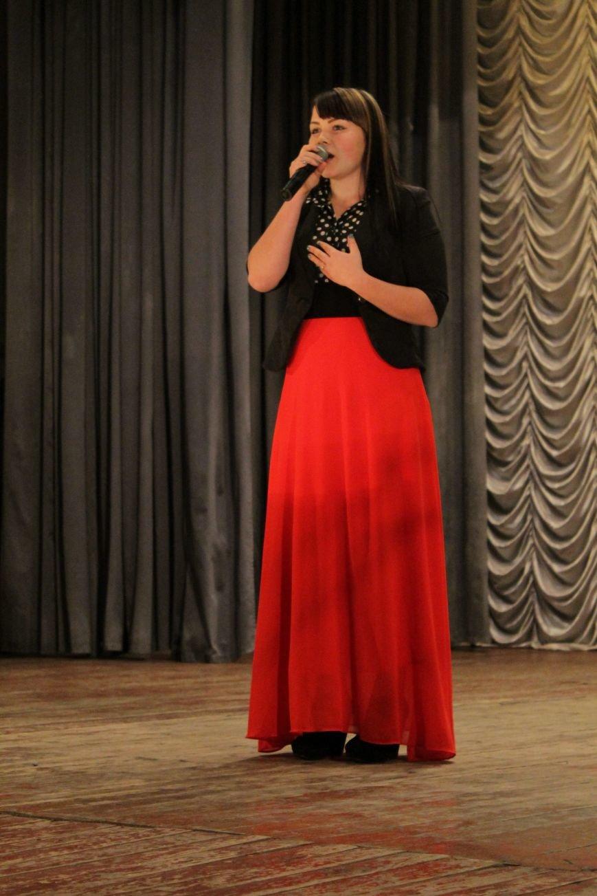 В добропольском дворце культуры состоялся большой праздничный концерт (ФОТО), фото-7