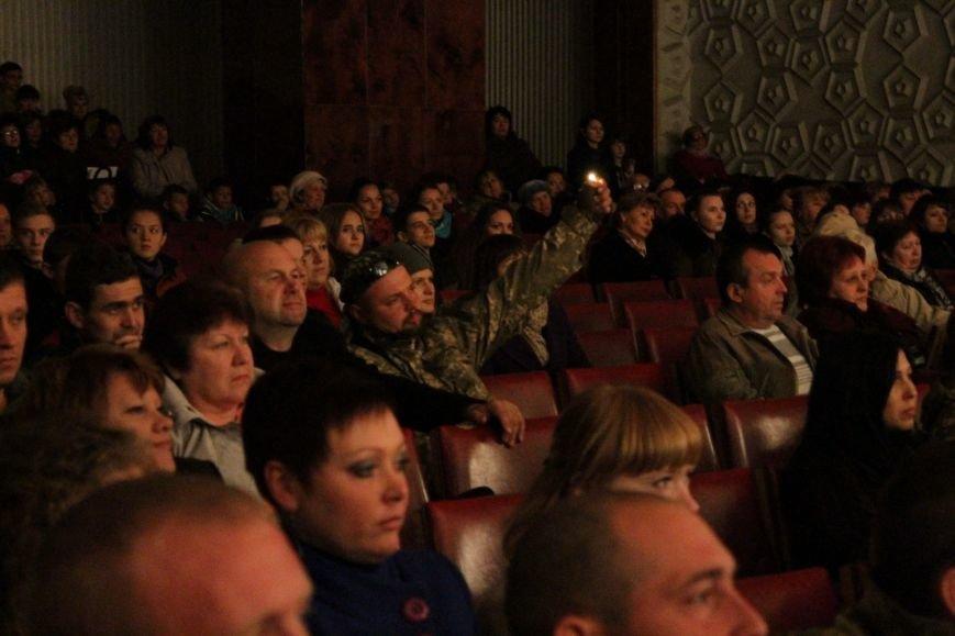 В добропольском дворце культуры состоялся большой праздничный концерт (ФОТО), фото-8