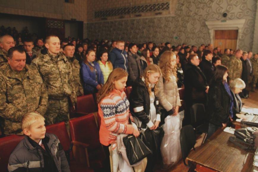В добропольском дворце культуры состоялся большой праздничный концерт (ФОТО), фото-9