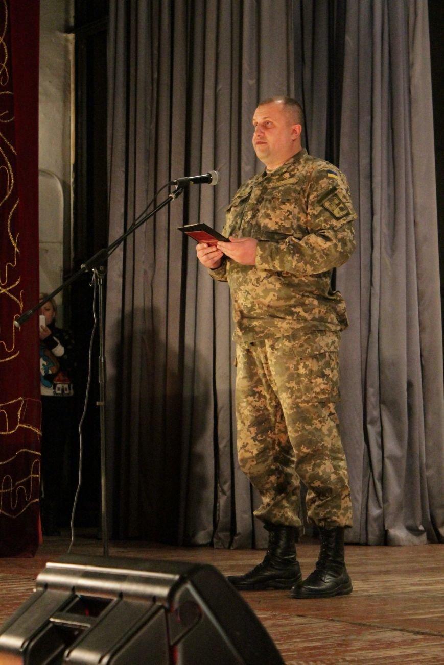 В добропольском дворце культуры состоялся большой праздничный концерт (ФОТО), фото-5