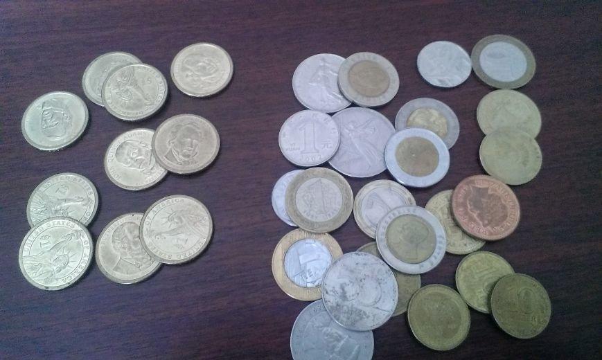 Славянск кража монет 1