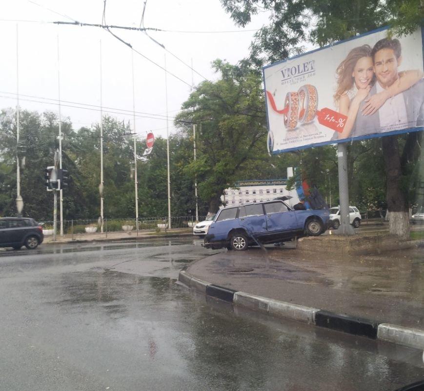 В Севастополе начался сезон «дождливых» ДТП (ФОТО, ВИДЕО) (фото) - фото 4