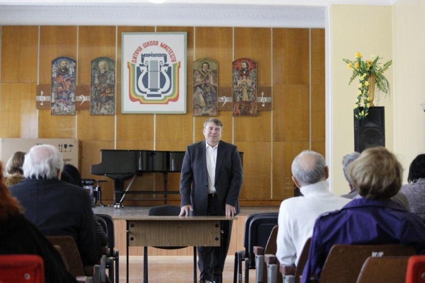 Василий Журавлёв провел встречу с творческой интеллигенцией Мариуполя, фото-1