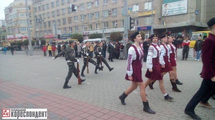 У Франківську дівчата йшли строєм нарівні з хлопцями (ФОТО), фото-7