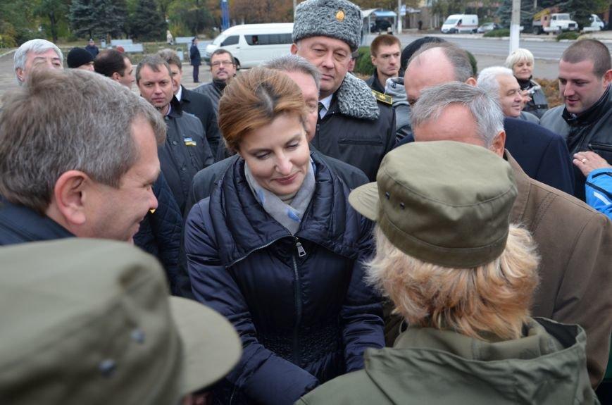 В День защитника Украины Мариуполь посетила первая леди (ФОТО+ВИДЕО), фото-34